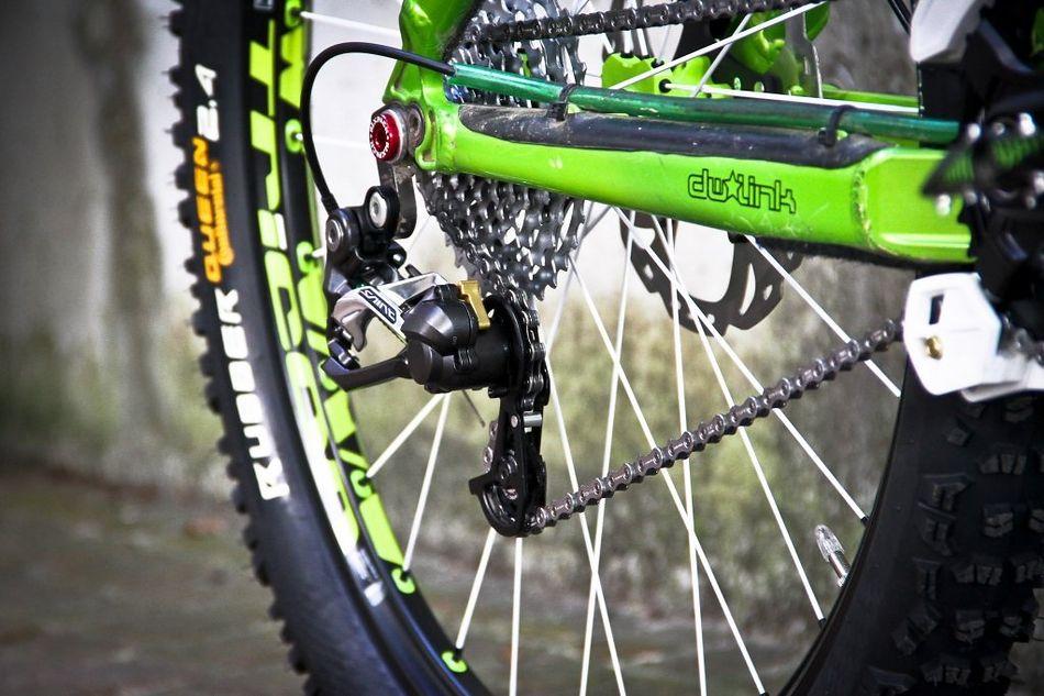 شانژمان دوچرخه دانهیل شیمانو مدل سینت ام 820 10 سرعته Shimano SAINT RD-M820